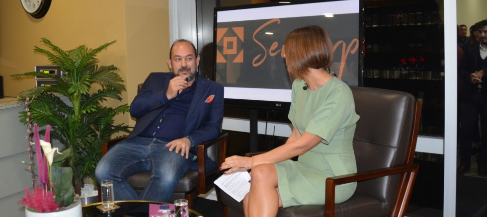 BERBAT YÖNETECEKLERİNİ BİLSEYDİM MARKAFONİ'Yİ SATMAZDIM