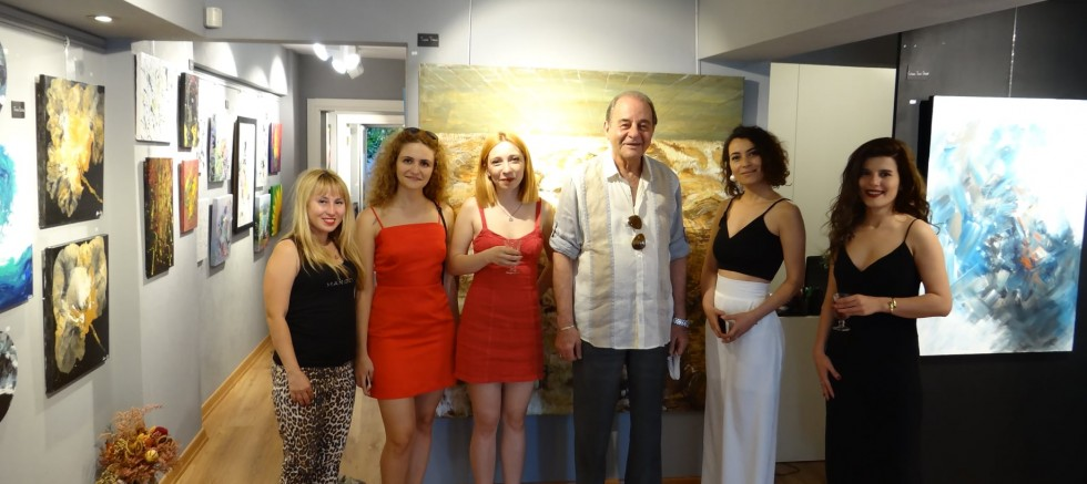 LA VISIONE  ART GALLERY'DE ÇOK VİZYONER BİR SERGİ AÇILDI